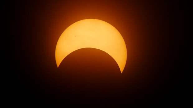 Опасное солнечное затмение: человечество предупредили о том, что можно ожидать