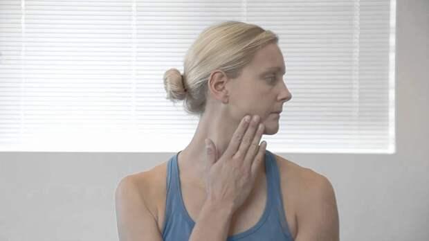 15 растяжек, чтобы облегчить боли в плечах и ″жесткость″ шеи