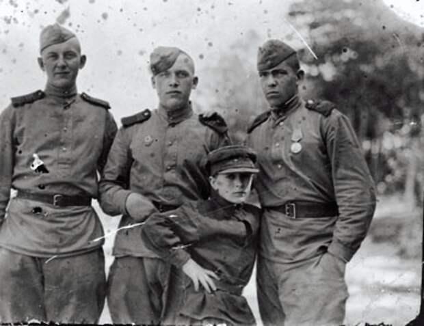 Юные герои великой Победы.