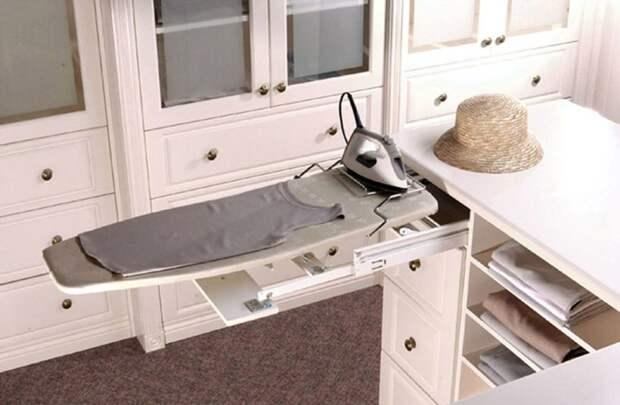 Идеи для хранения гладильной доски. Или 10 мест, где можно спрятать гладильную доску, фото № 33