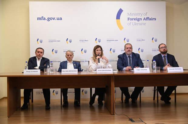 Меджлисовская лоббистка в МИД Украины вытащила на свет всю экстремистскую верхушку
