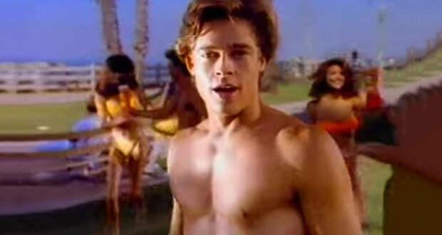 Брэдд Питт рекламирует чипсы, а Кортни Кокс — тампоны: 10 рекламных роликов с юными голливудскими звездами