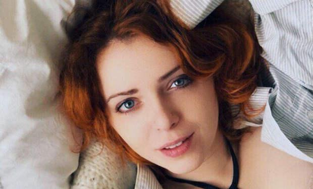 Рыженькая из Ранеток вспомнила молодость и устроила смелый фотосет