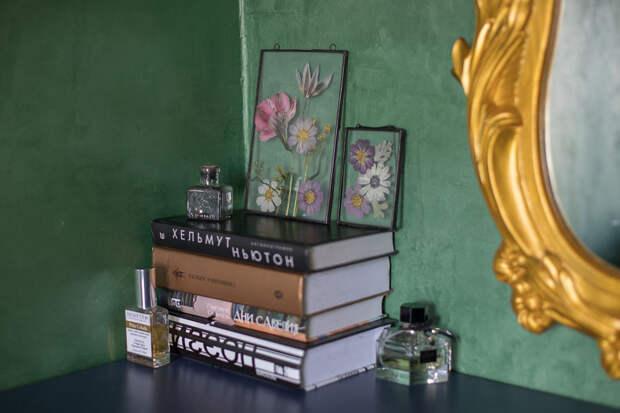 7 нежных фото очень красивых гербариев под стеклом