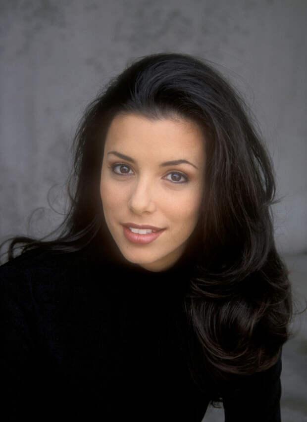 Ева Лонгория (Eva Longoria) в фотосессии Барри Кинга (Barry King) (1998), фото 6