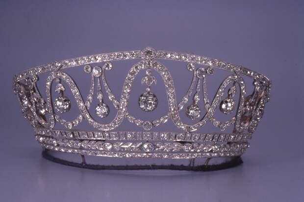 Украденная диадема Великой Герцогини Бадена Хильды Люксембургской