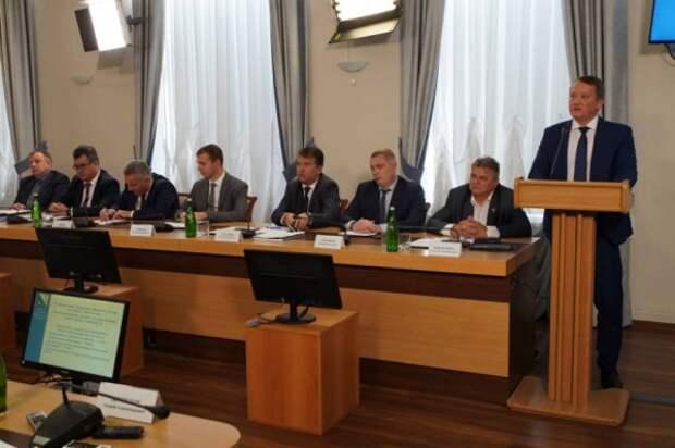Правовая база правительства Севастополя приведена в соответствие с федеральным законодательством