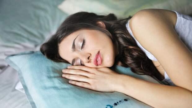 Недостаток сна у людей среднего возраста может грозить развитием деменции