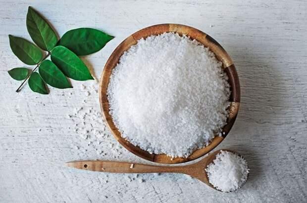 Компресс с солью поможет при боли в пояснице