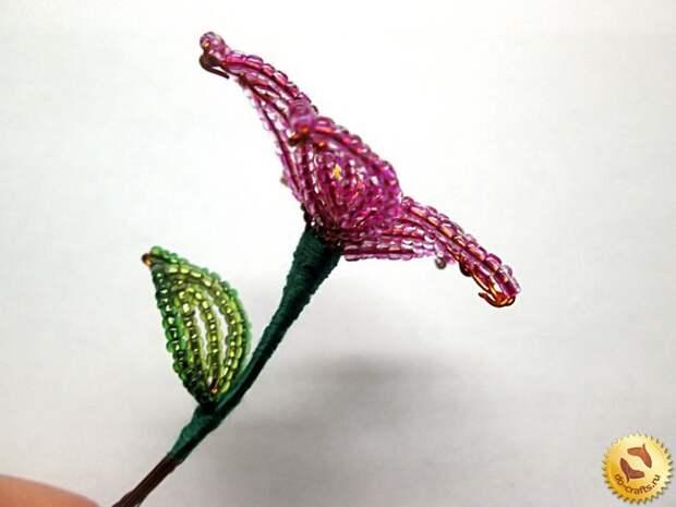 Лилии из бисера 25