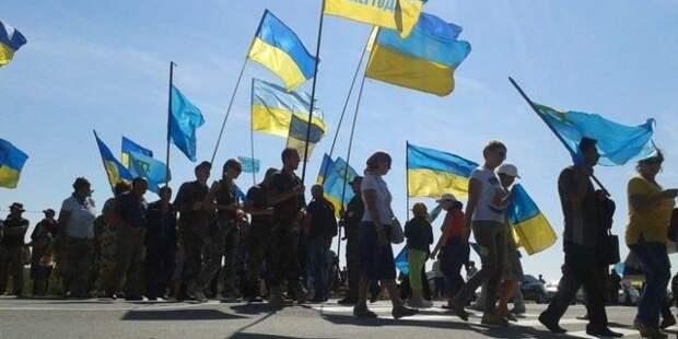 За проезд в Крым украинские активисты требуют тысячу долларов