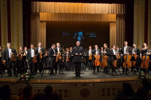 Путин побывал на выступлении симфонического оркестра в Мариинке