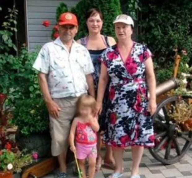 Семья сделала прививки от коронавируса и умерла. Что произошло