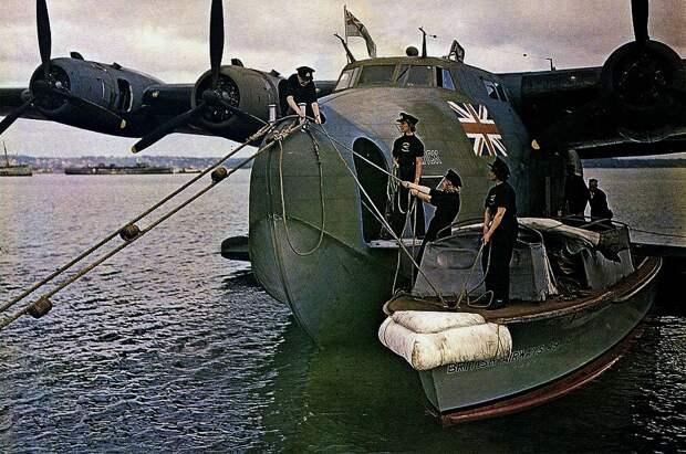 Boeing-Clipper1943.jpg