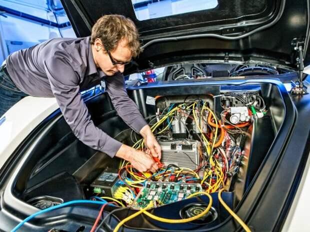 Электричество в автомобиле: прогресс идет по проводам