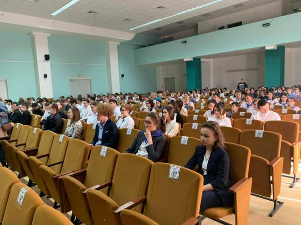 Около 40 тысяч школьников приняли участие в открытом уроке в День экологических знаний в Подмосковье