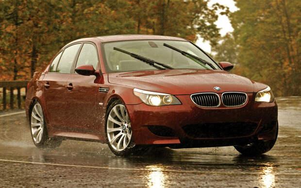 BMW M5 E60 легенда и по сей день.