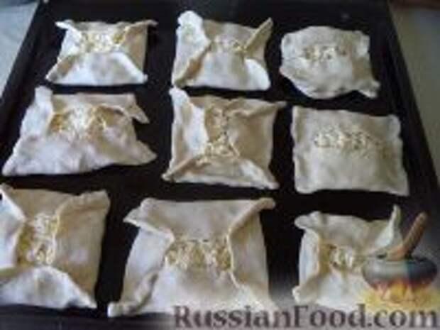 Фото приготовления рецепта: Хачапури из слоеного теста - шаг №6
