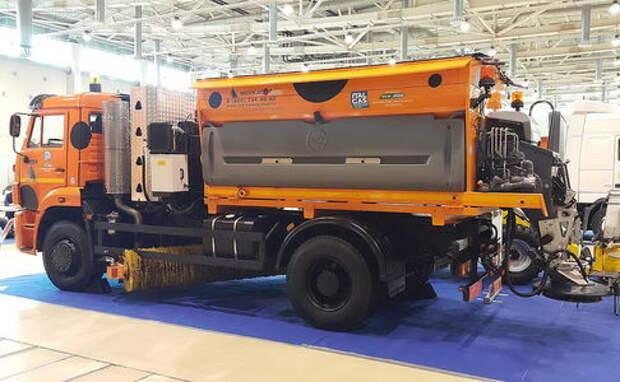 Дорожная машина ЭД300К: на солярке и метане