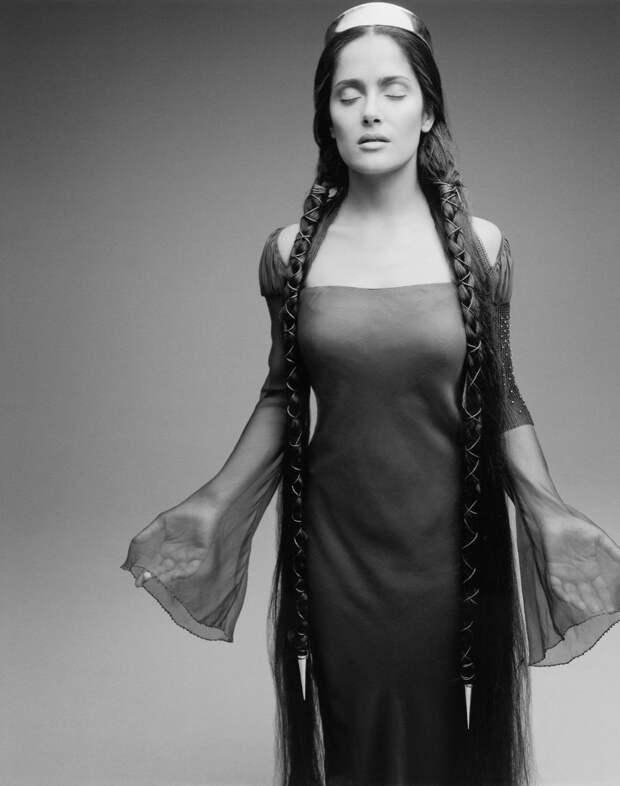 Такая разная Сальма Хайек в фотосесии1995 года.