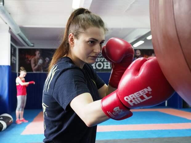 Чемпионка России по кикбоксингу из Лосинки пришла в спорт в двадцать лет