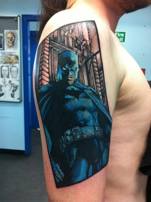 татуировки с комиксами идеи с супергероями тату