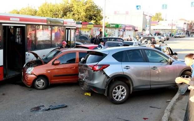 Проверить, побывал ли автомобиль в ДТП, теперь можно на сайте ГИБДД