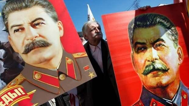 Почему российская элита так боится Сталина