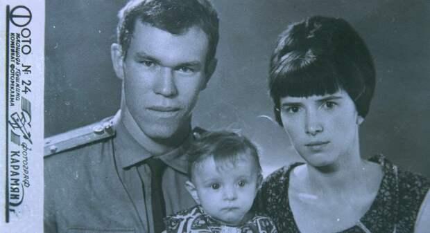72 года назад родился генерал-лейтенант Лев Рохлин