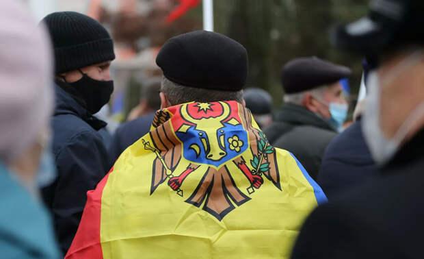 Сюрприз для президента. Какой статус получил русский язык в Молдавии