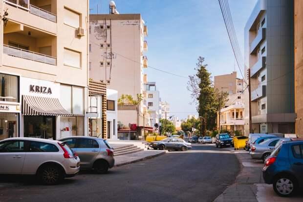 Кипр готов принимать привитых «Спутником V» туристов