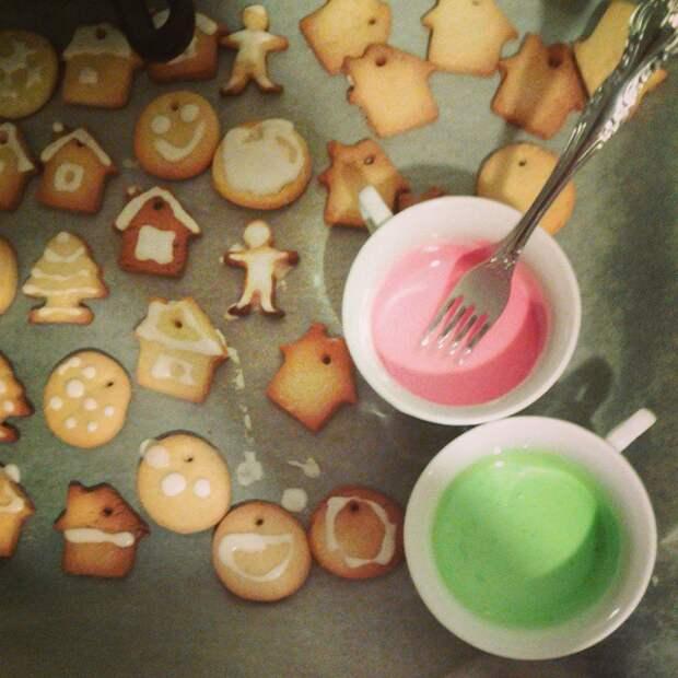 Пекли сегодня рождественское печенье