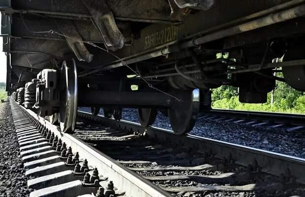 Забытые лайфхаки. Зачем в СССР стучали молотком по колёсам поезда и закрывали картоном радиаторы машин