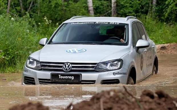 Volkswagen проверит педали у проданных в России вседорожников Touareg