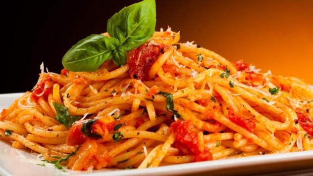Pasta-s-salyami-v-tomatnom-souse-678x381 (678x381, 74Kb)