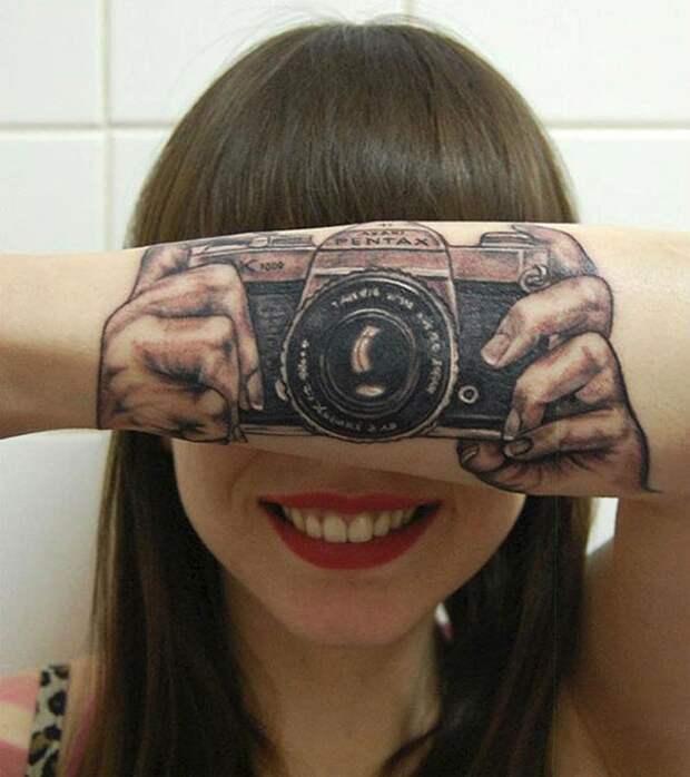 остроумные татуировки