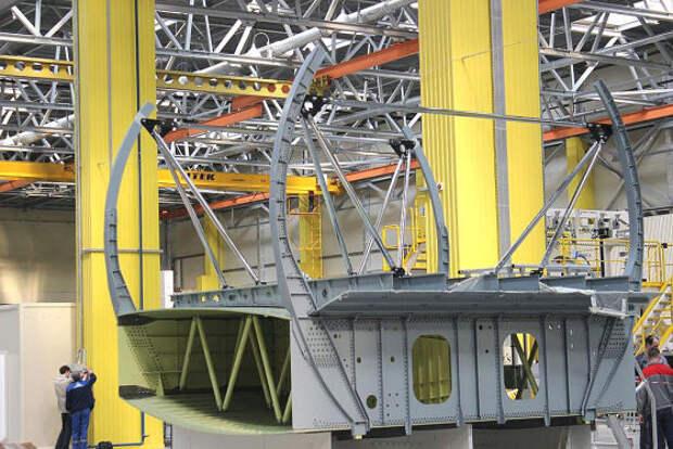 На Иркутский авиационный завод доставлен центроплан для МС-21