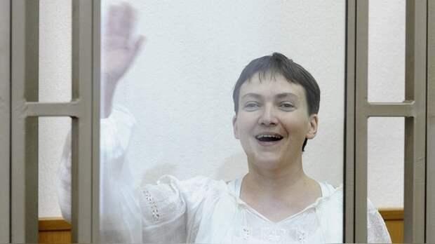 Вместо последнего слова Савченко показала суду непристойный жест