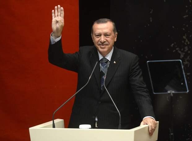 Противостояние между Францией и Турцией набирает обороты