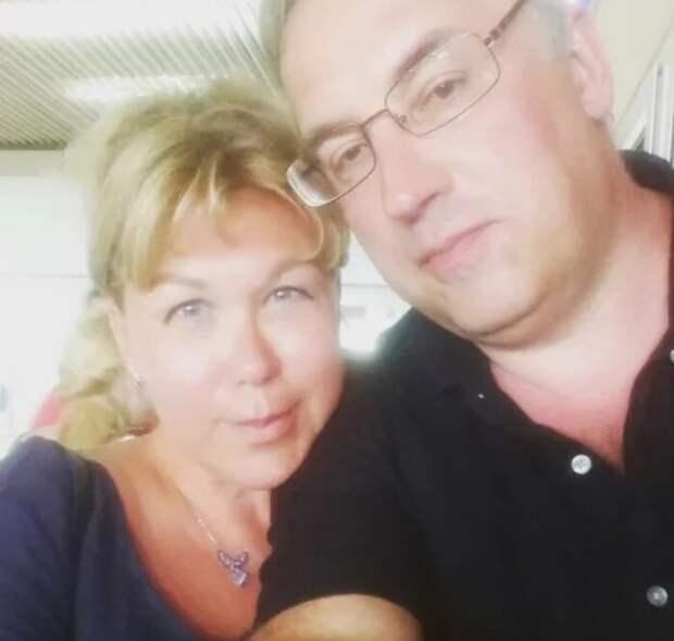 После похорон жены Андрей Норкин прокомментировал слухи об изменах в браке с Юлией