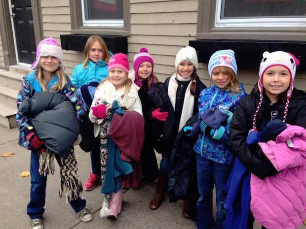 Дети устроили необычную акцию помощи бездомным
