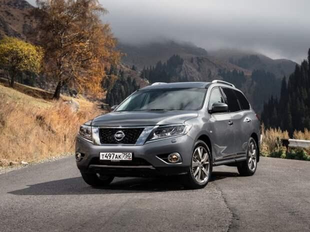 Покупаем Nissan Pathfinder: колыбель над бездной