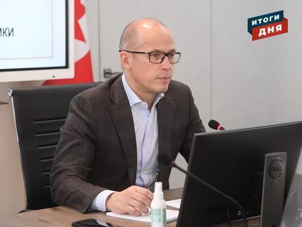 Итоги дня: второй срок Александра Бречалова, строительство теплого футбольного стадиона в Ижевске и ФАС vs «САХ»