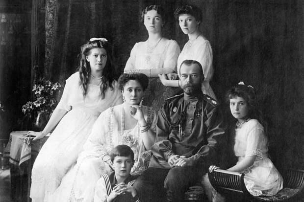 Следователи развеяли мифы вокруг убийства императора Николая II и его семьи