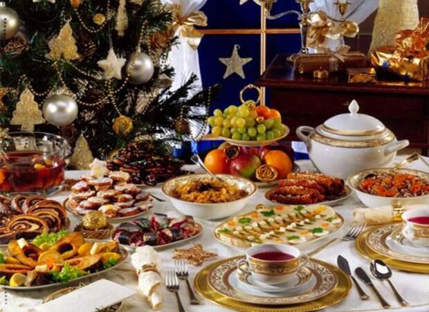 Диетолог назвал способ восстановиться после новогоднего застолья