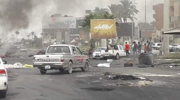 Ситуация в Ливии вновь обострилась и может вот-вот вылиться в серьезную битву