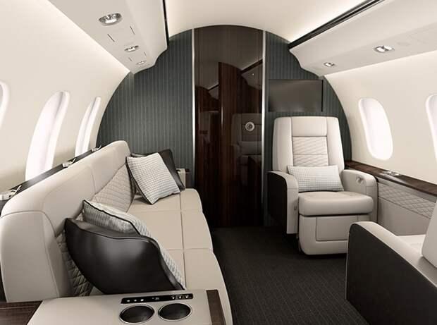Если самолет, то самый комфортный? Валерий Шанцев вошел в число самых расточительных чиновников