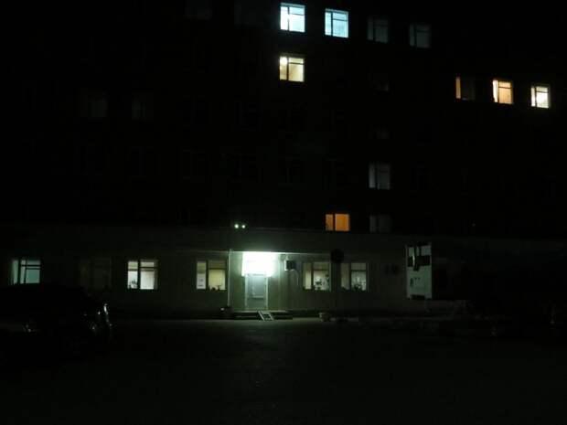Внимание Алексея Вельдгрубе: От атак террористов больницы Севастополя защищают только когти и зубы сторожей (видео)