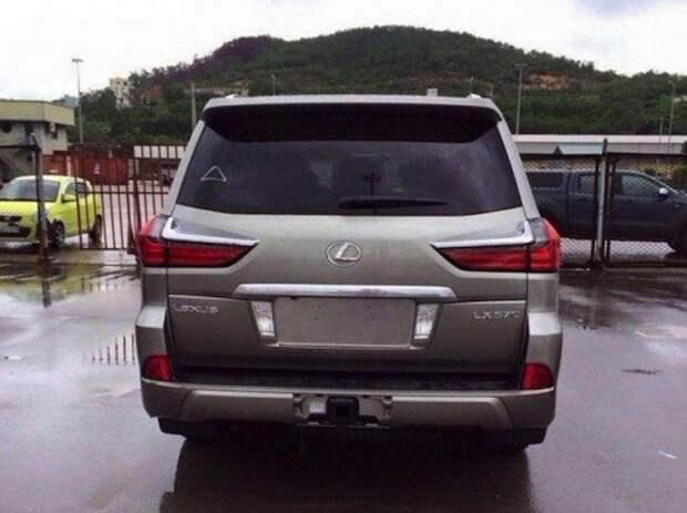 LexusLX2