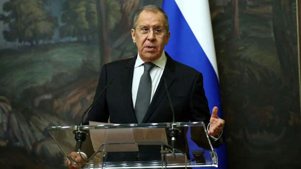 Лавров прокомментировал предложение Байдена о саммите России и США